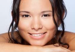 pigmentflecken aufhellen, Dunkle Pigmentflecken entfernen, Pigmentflecken verschwinden, Altersflecken entfernen